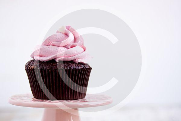 Layered Cream Cakes