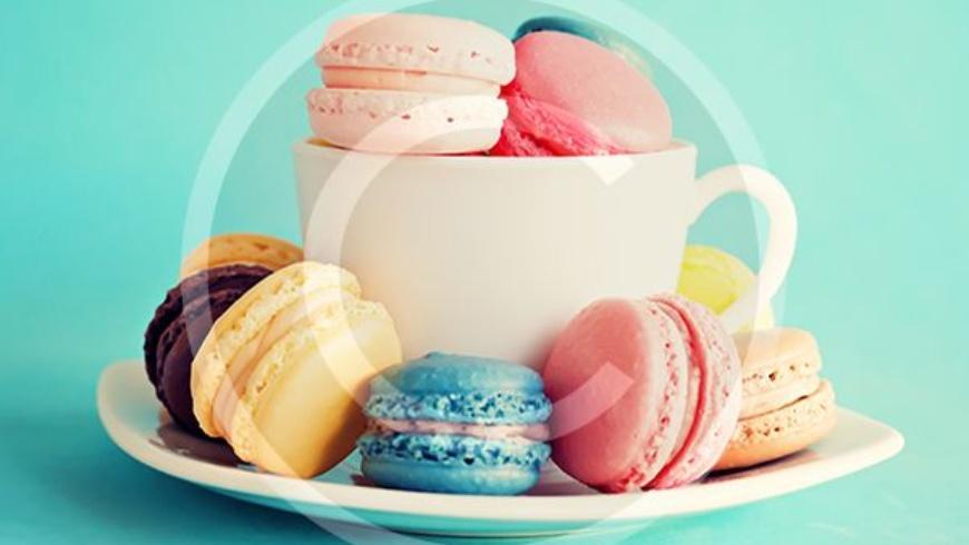 Macarons & Tea